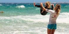Wasserspaß für die ganze Familie im Surfcamp Fuerteventura